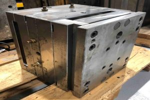 Full Chase Injection Mold
